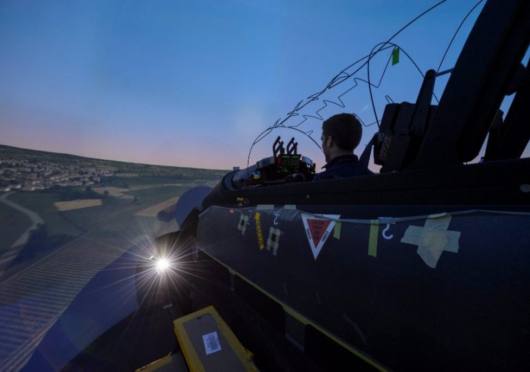 CAE - ЗАКЛЮЧИЛА КОНТРАКТ НА ПОСТАВКУ 3 го ТРЕНАЖЕРА PC-21 ДЛЯ ВВС ФРАНЦИИ