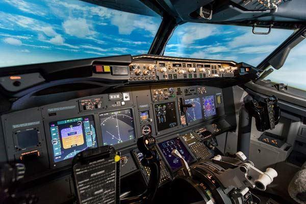 """ВТБ ЛИЗИНГ ПОСТАВИЛА ДВА АВИАЦИОННЫХ ТРЕНАЖЕРА """"737- NEXT GENERATION"""" И """"AIRBUS-A320"""""""