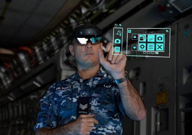 RAAF ИСПЫТЫВАЕТ MICROSOFT HOLOLENS ДЛЯ УДАЛЕННОГО ОБСЛУЖИВАНИЯ C-17A