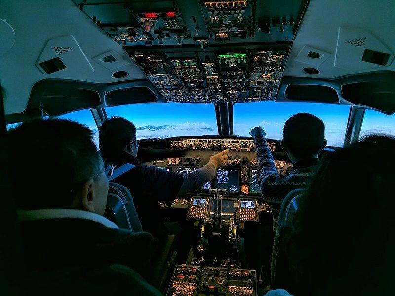 ПОЛЬСКИЙ ПРОИЗВОДИТЕЛЬ ТРЕНАЖЕРОВ SIMWORLD ПОСТАВИЛ BOEING 737NG