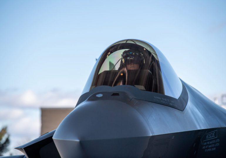 F-35 BLOCK 4 БУДЕТ ПРОДОЛЖАТЬ ПРОБУКСОВЫВАТЬ БЕЗ ТРЕНАЖЕРА FFS